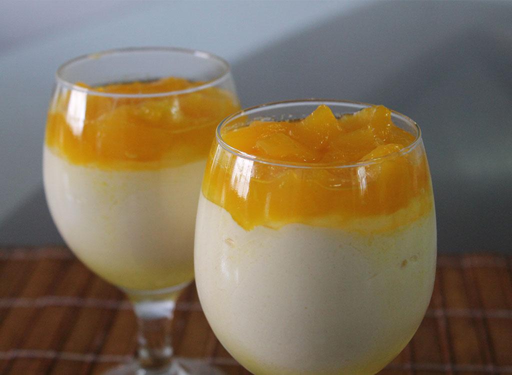 Delicie-se com o sabor tropical da receita de mousse de manga