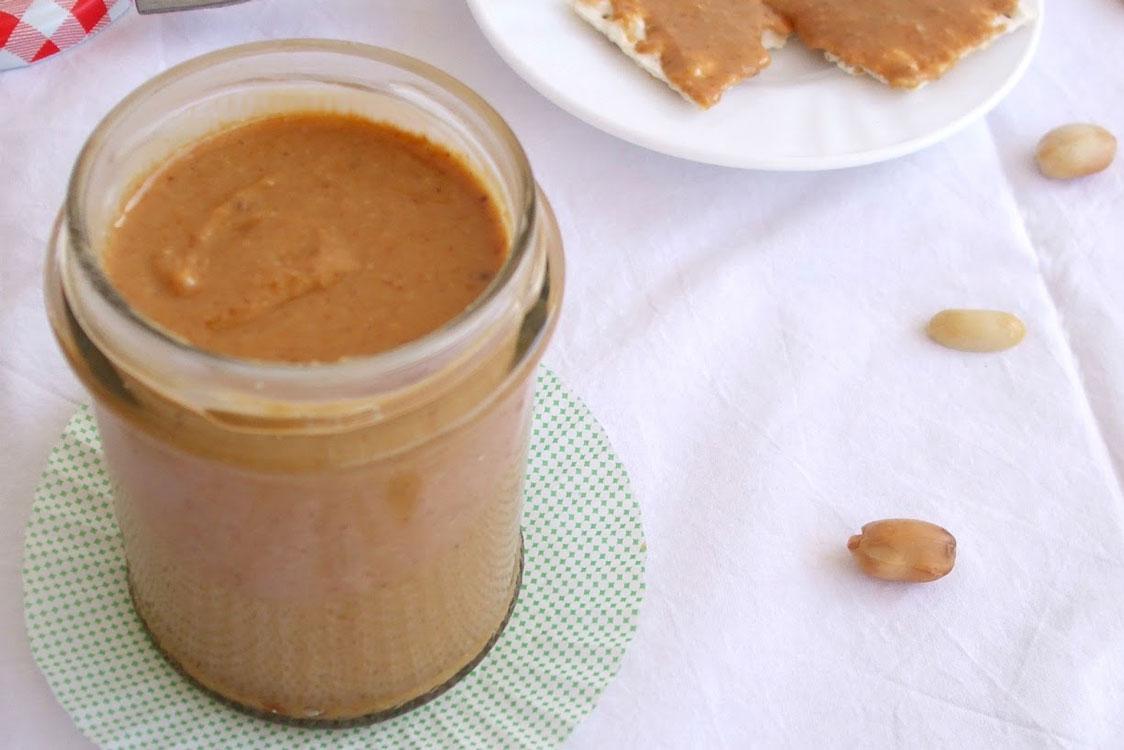 Receita saudável de manteiga de amendoim
