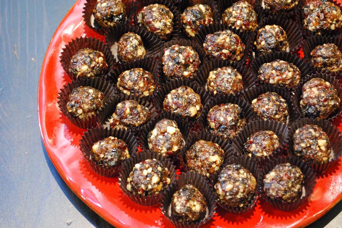 Quer ter um Natal saudável? Faça estes bolinhos de frutos e amêndoas sem glúten!
