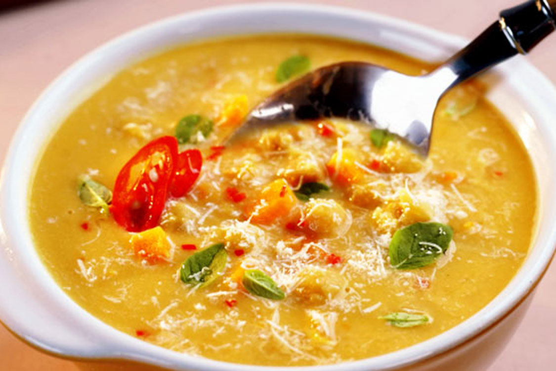 Sopa de grão-de-bico picante para aquecer o seu inverno!