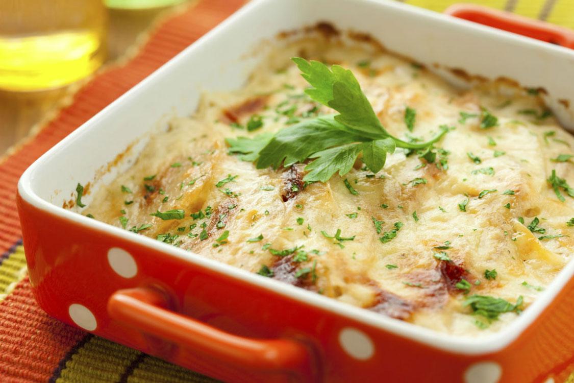 Batatas gratinadas: um prato de inverno… e romântico!