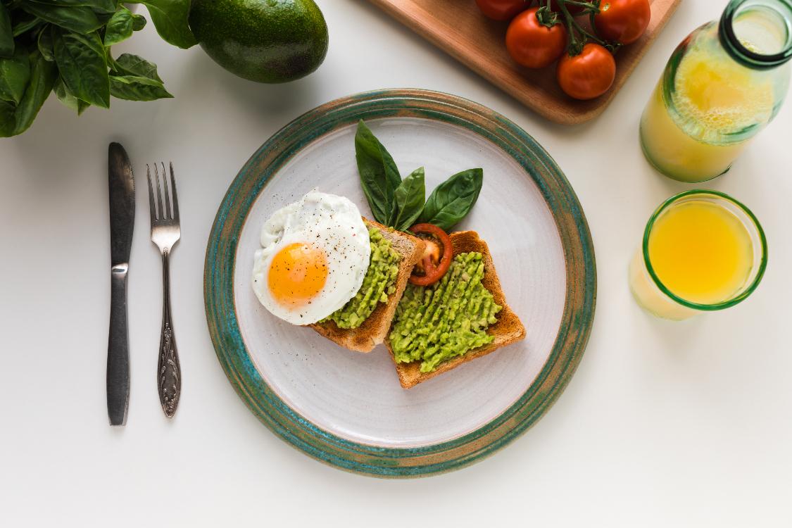Veja só este almoço saudável que preparei para si!