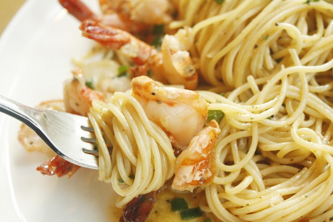 Receita de esparguete com camarão
