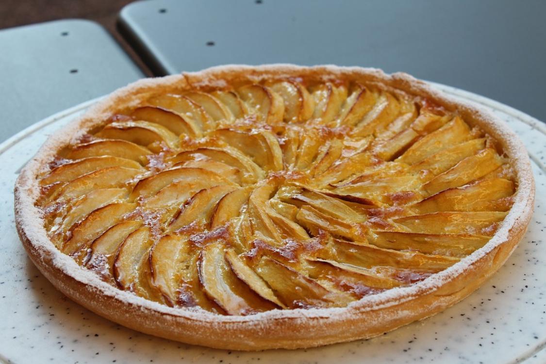 Tarte de maçã: descubra esta receita super, hiper, mega rápida!