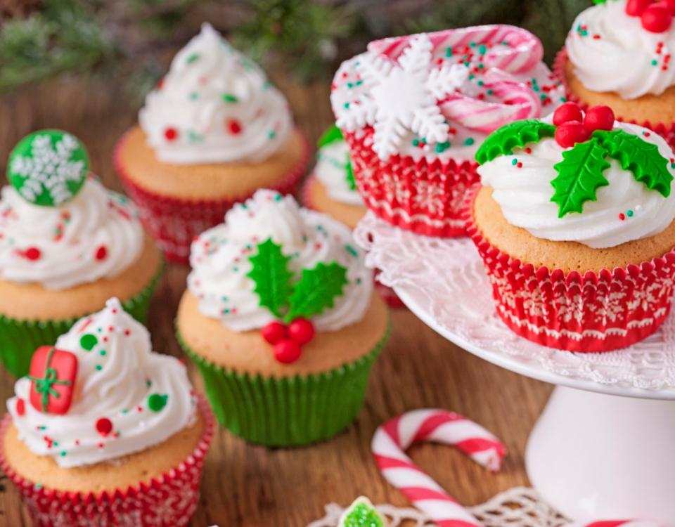 Cupcakes de limão com merengue para um doce Natal!