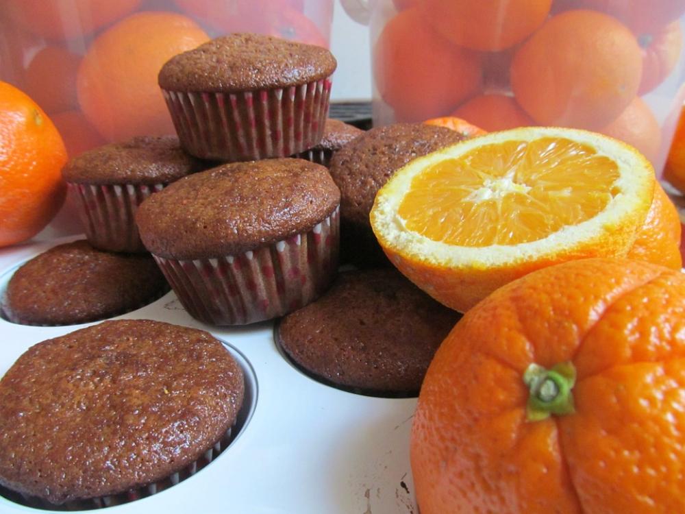 Queques de chocolate e laranja