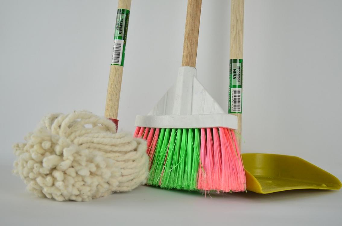 5 objetos da sua casa que deve deitar fora todas as semanas