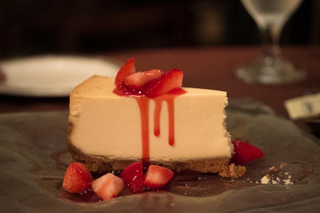 Cheesecake de morango e baunilha