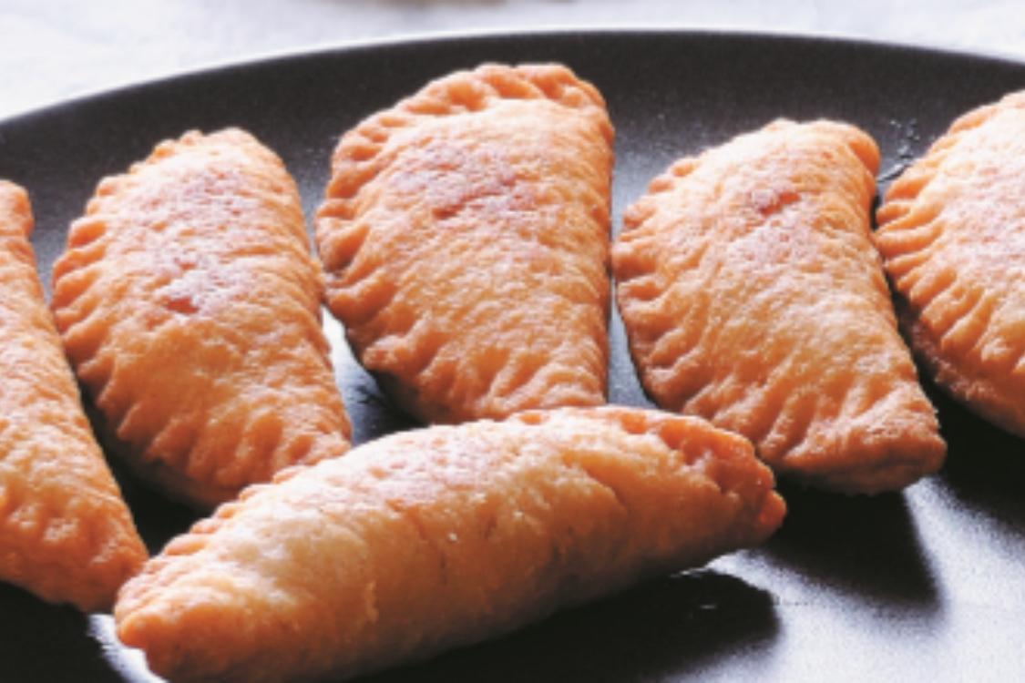 Pastéis de atum e tomate