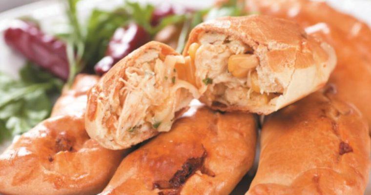 Receita de pastéis de frango com milho: tem mesmo de provar!