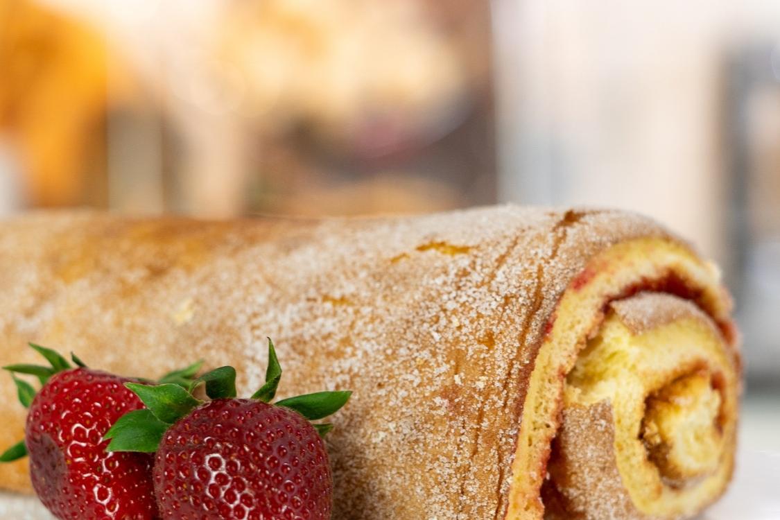 Esta torta de morango tem um sabor irresistível!