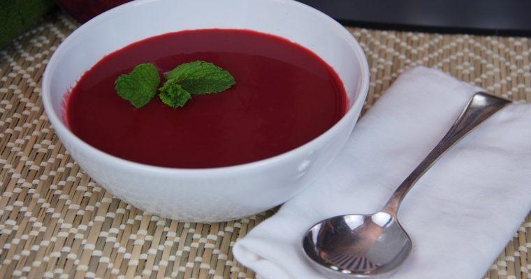 Receita de sopa de beterraba, uma excelente entrada!