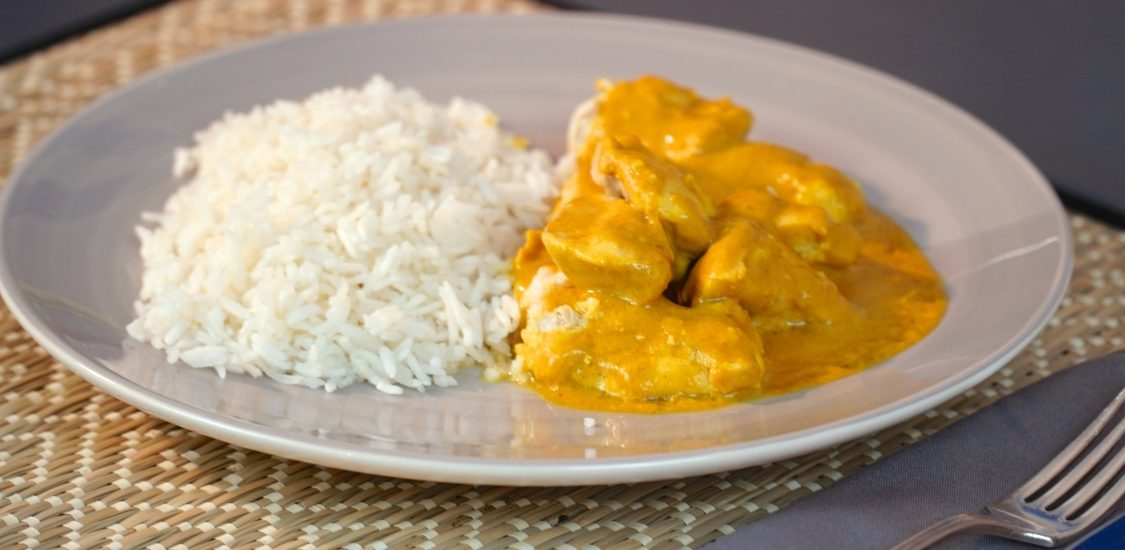 Caril de frango com arroz: viaje para a Índia… sem sair da mesa!