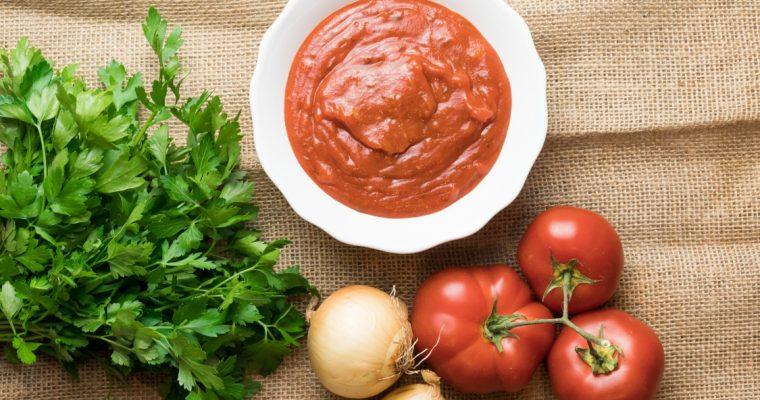 Molho de tomate caseiro: esta receita é tão fácil!