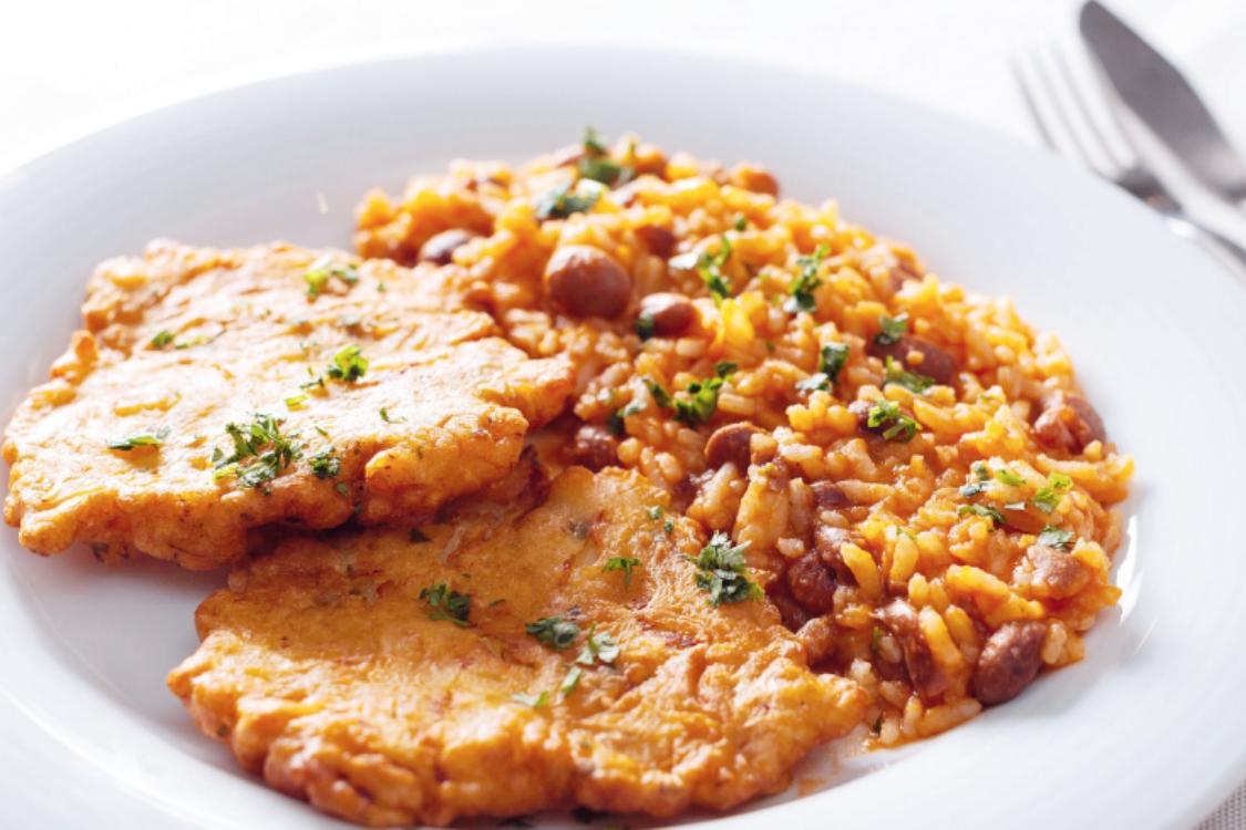 Pataniscas de bacalhau com arroz de feijão: entrada para o Natal!
