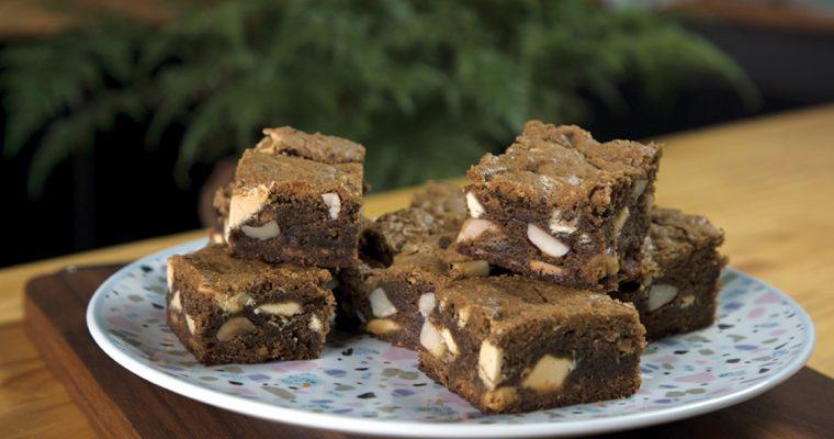 Brownie de chocolate branco: para adoçar um lanche de verão!