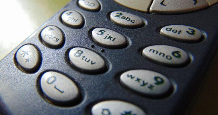 Os seus telemóveis antigos podem valer muito dinheiro