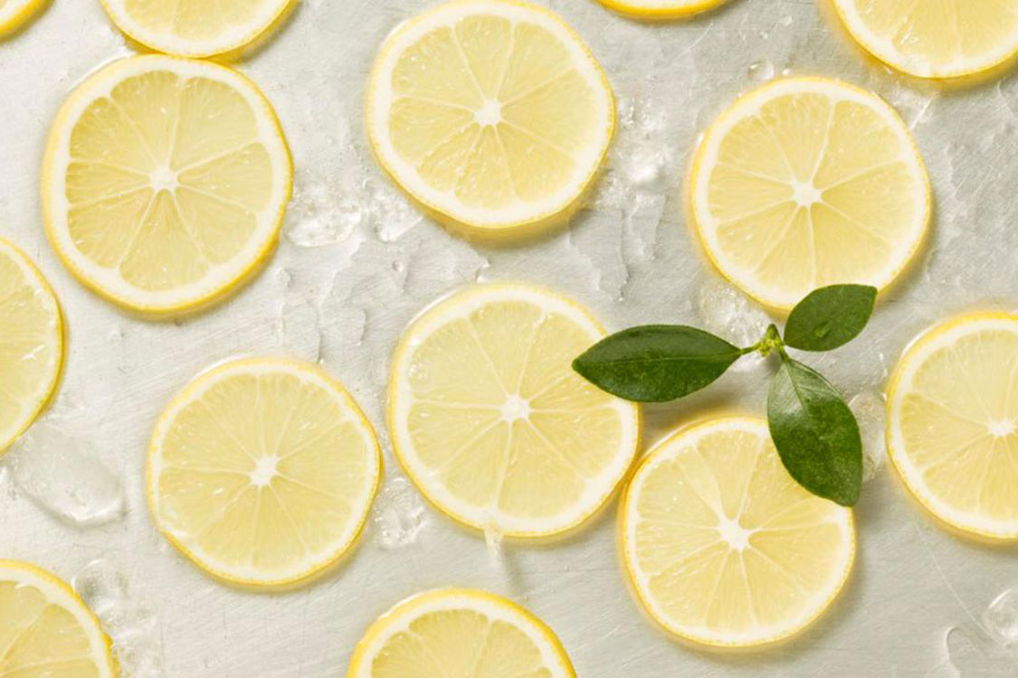 Coloque rodelas de limão ao lado da cama e durma melhor