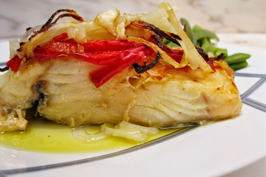Receita de bacalhau no forno com pimentos
