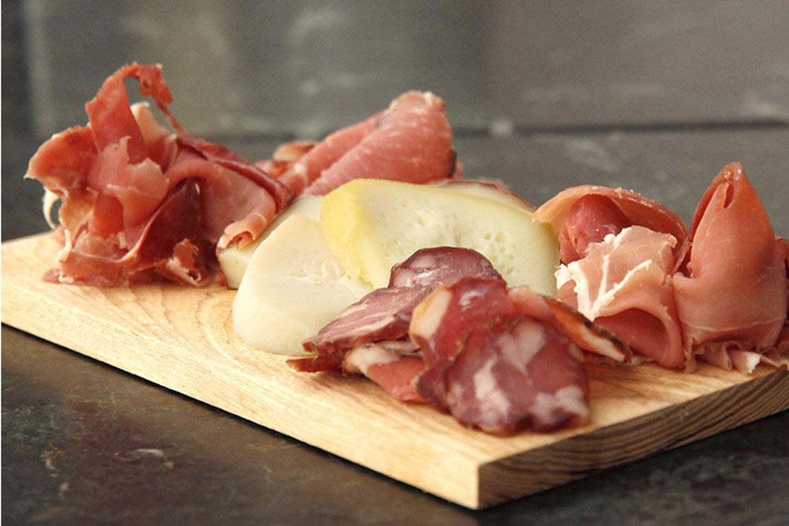 Veja 5 restaurantes baratos e onde come bem no Porto