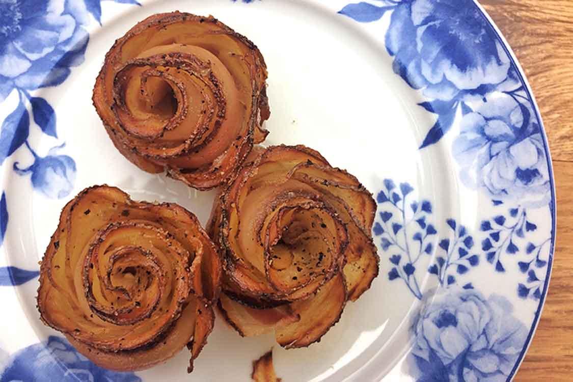 Rosas de batata com bacon