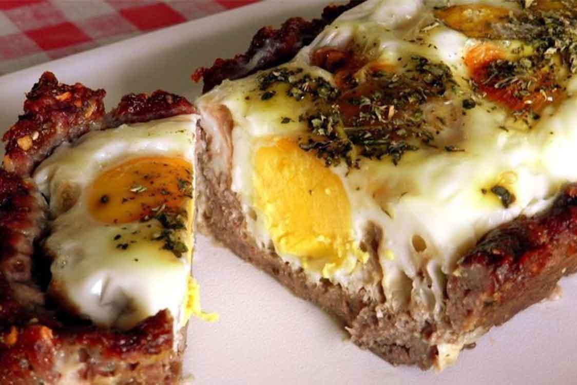 Torta de carne picada e ovo