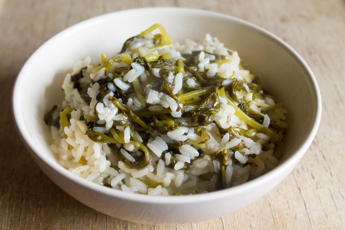Este arroz de grelos é saudável… e tããão bom!
