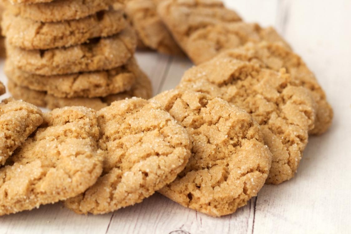 Bolachas de manteiga de amendoim deliciosas e feitas por mim: quer uma?