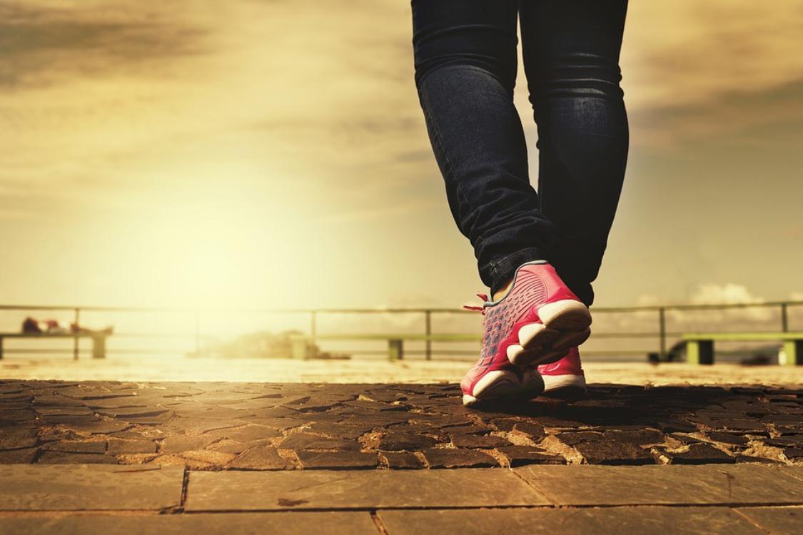 Caminhada: há um truque muito simples para queimar o dobro das calorias!