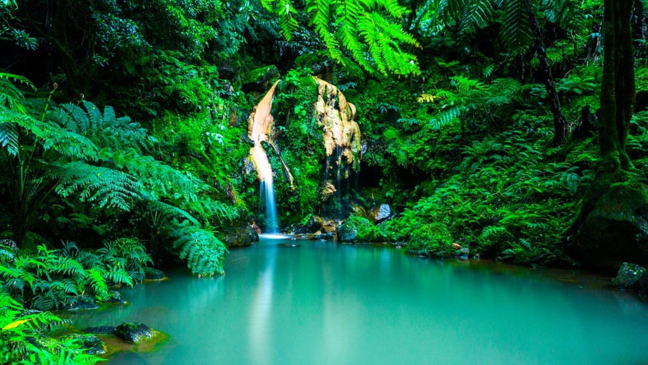 Açores reconhecidos pela CNN como um dos melhores destinos para este verão!