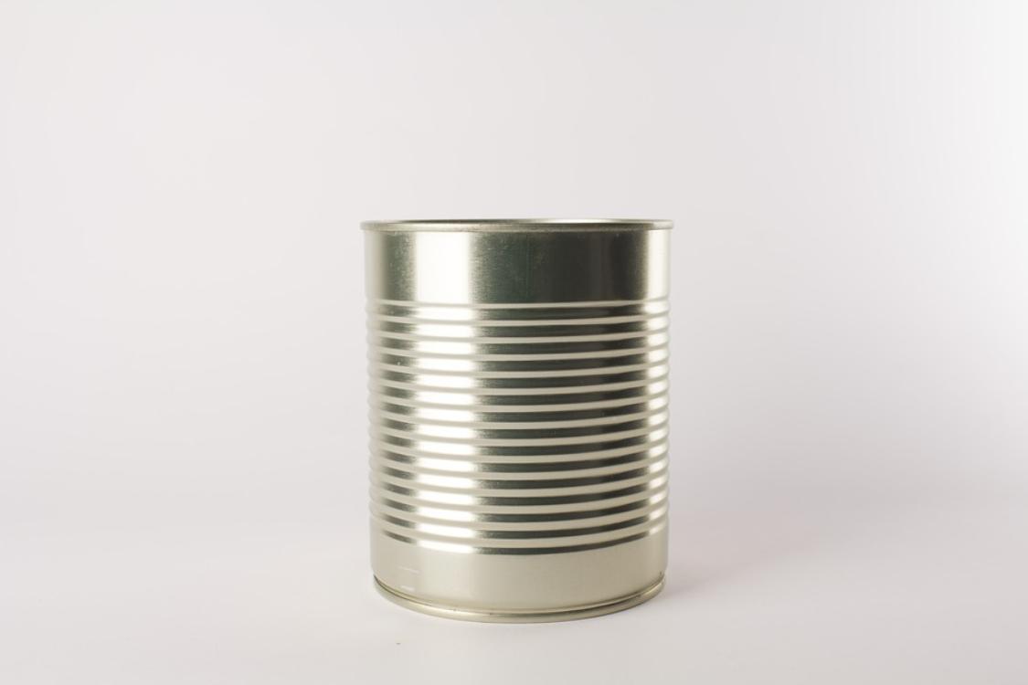 Sabia que é muito fácil abrir uma lata… com uma colher?