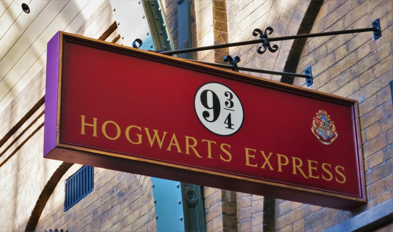 Fãs de Harry Potter vão poder celebrar o Halloween em Hogwarts!