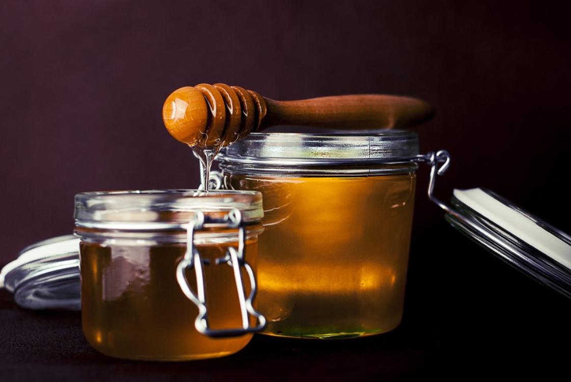 Sabia que existe mel… falso?