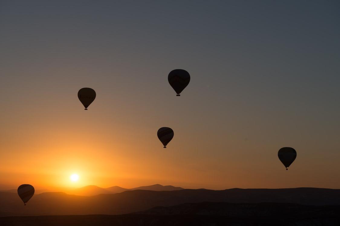 Quer viver uma experiência inesquecível? Que tal andar de balão na Capadócia?