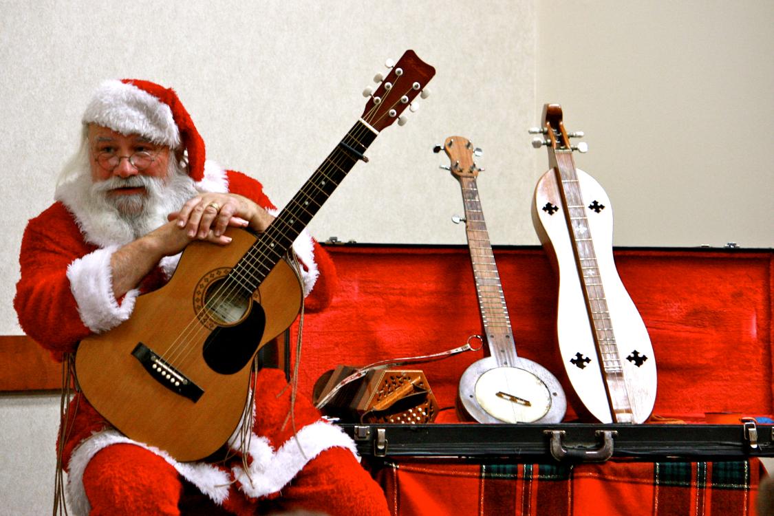 Psicóloga alerta: ouvir músicas de Natal faz-nos mal à cabeça!