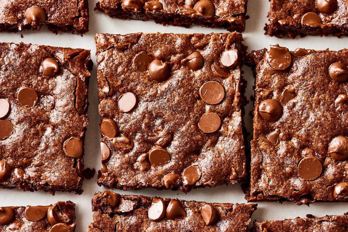 A receita mais fácil que existe de brownies de chocolate!