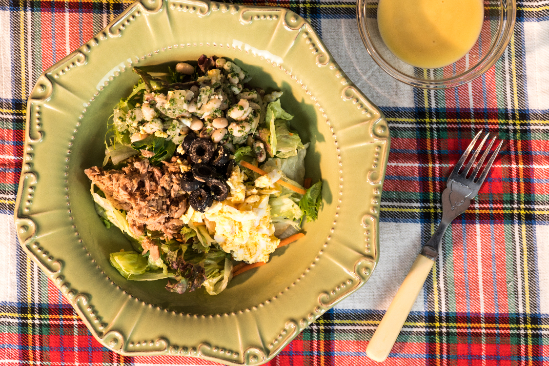 Salada de atum e feijão-frade