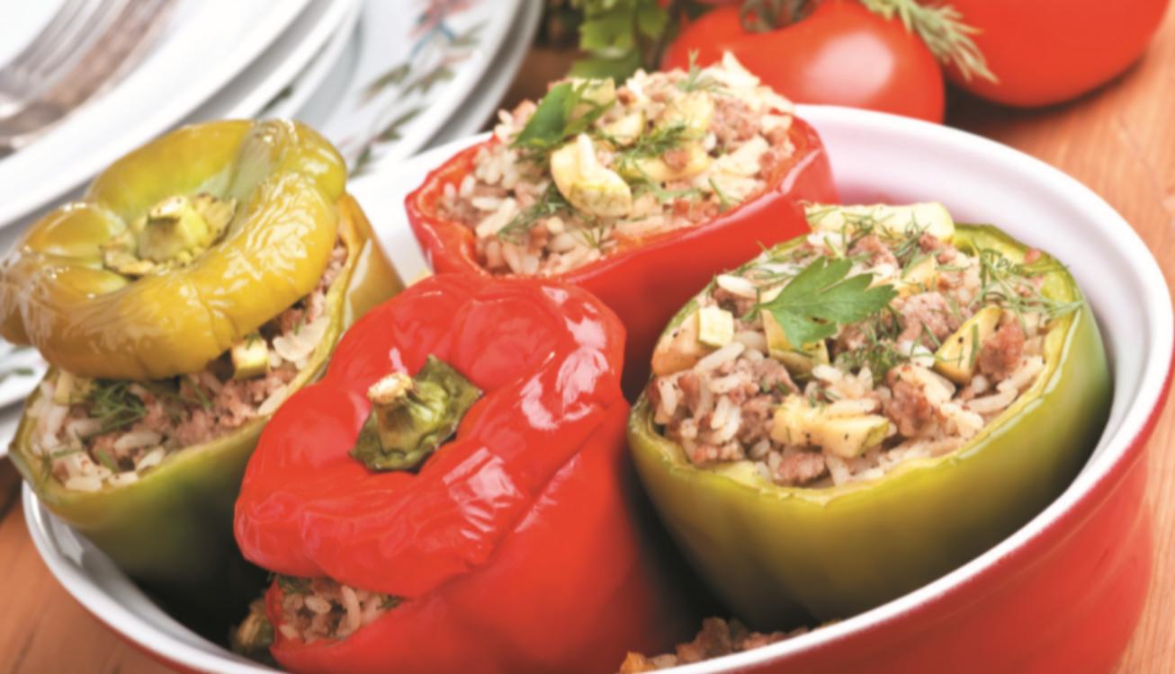 Pimentos recheados com arroz, courgette e alheira: obrigatório para quem ama petiscos!
