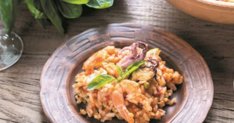 Receita de arroz de camarão: uma alternativa ao bacalhau para o Natal!