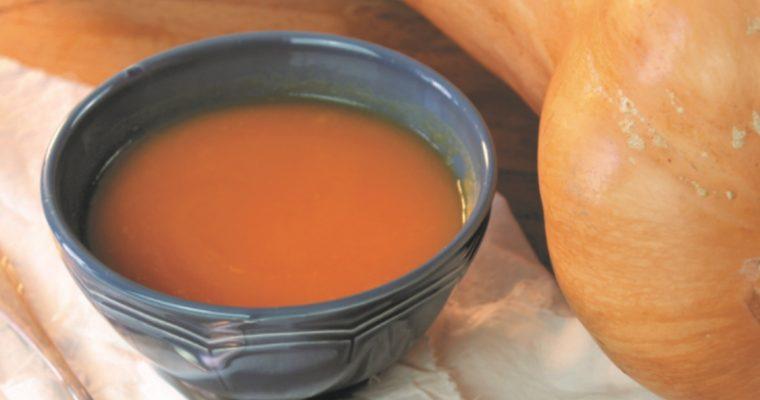 Sopa de abóbora, para quem adora entradas quentes!