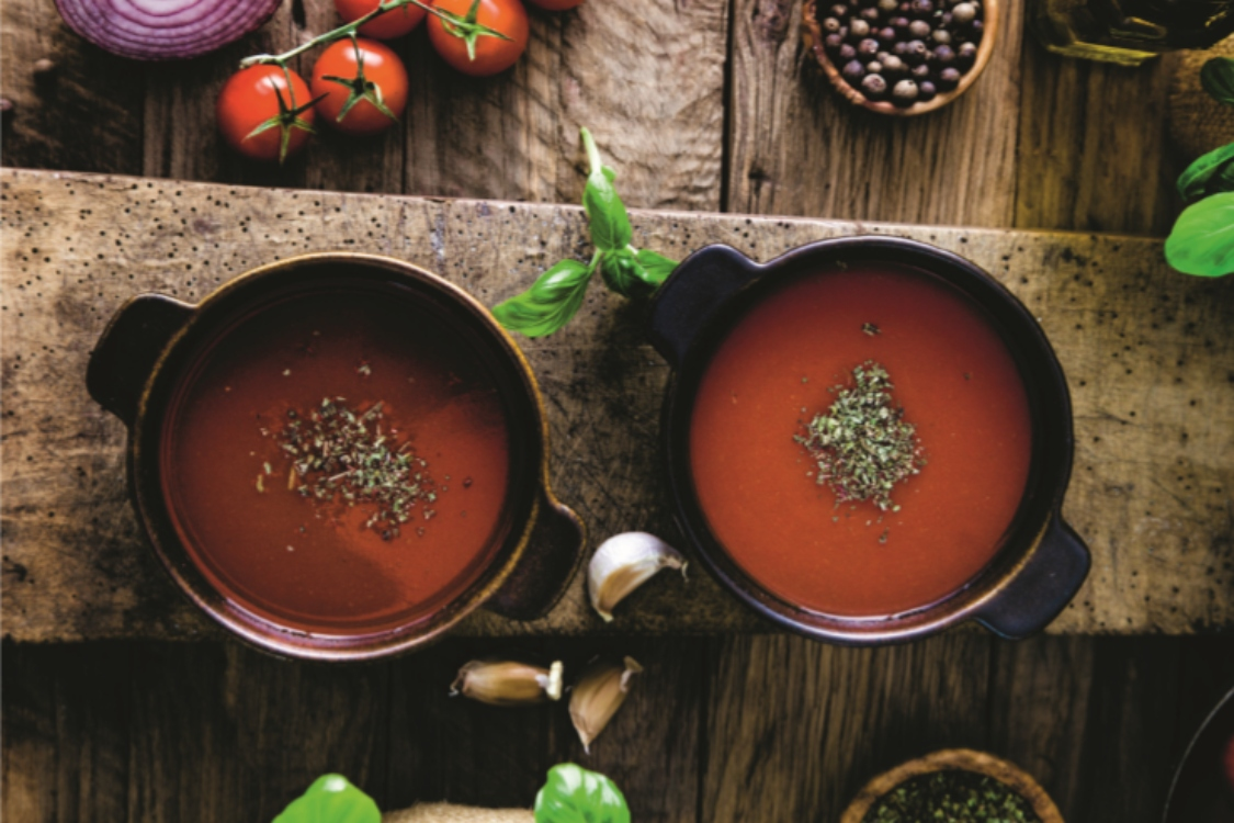 Sopa de tomate: uma entrada que conforta o corpo e a alma!