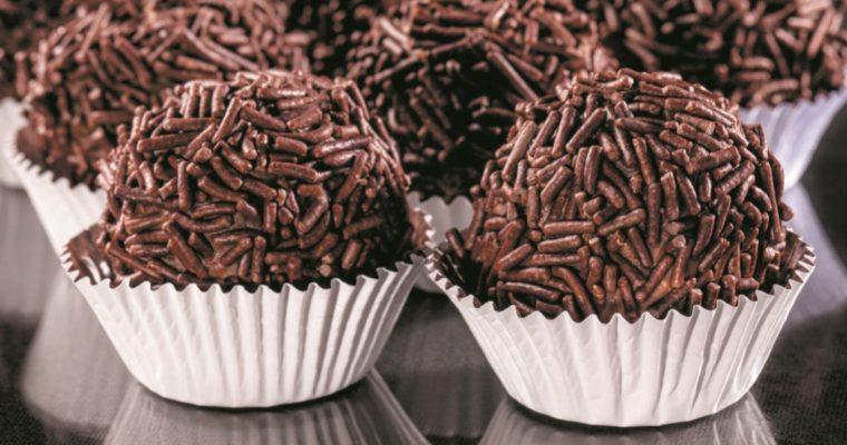 Brigadeiro: um doce de chocolate para agradar, no Dia do Pai!