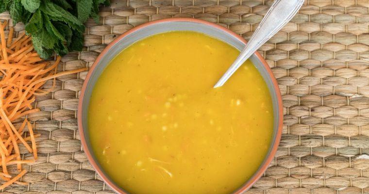 Sopa de frango e hortelã: um mimo para o seu paladar!