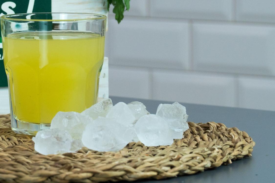 Sumo de ananás e gengibre: uma bebida fresca e rica em nutrientes!