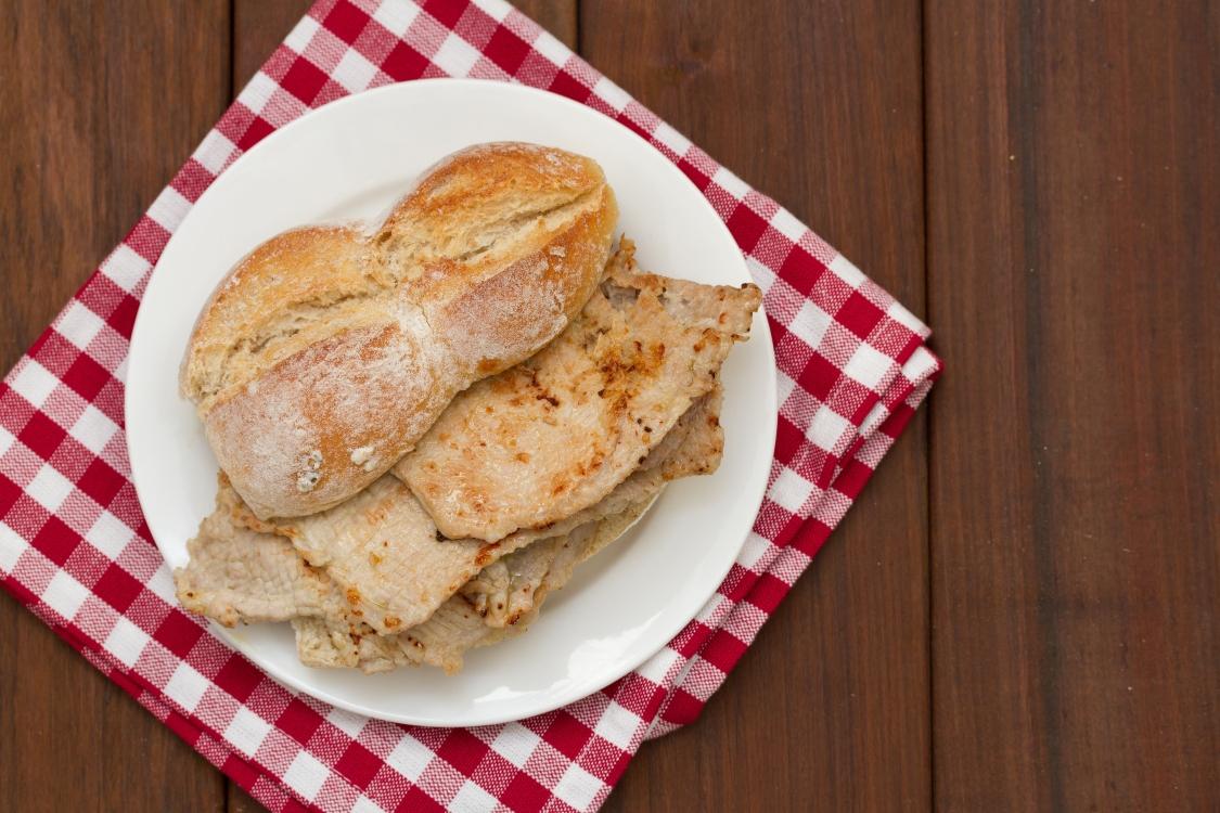 Bifanas no pão à moda de Vendas Novas: simplesmente deliciosas!